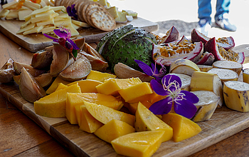 Tropical fruit and cheese tasting